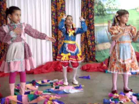 e4c7962e3 Festa Junina - Dança da Peneira - YouTube