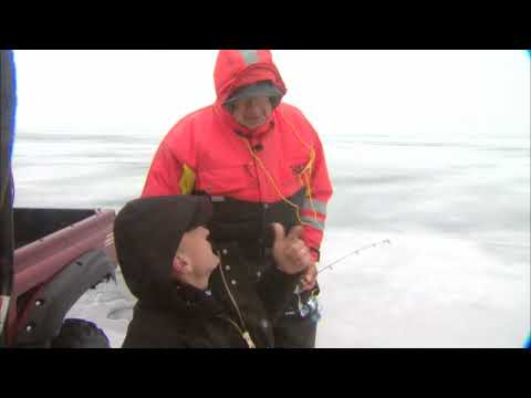 Canadian Sportfishing Ice Fishing For Jumbo Perch, Lake Simcoe ON  Csf 24 04 02