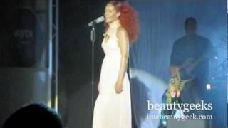 Rihanna: California King Bed live @ Nivea