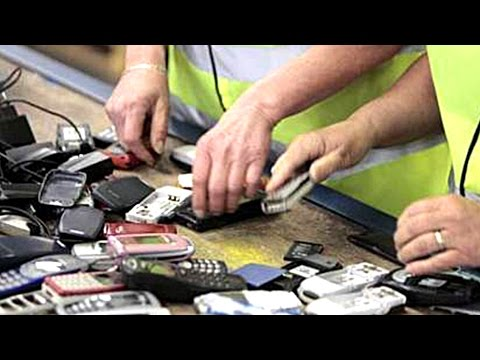 How are recycled our mobile phones?