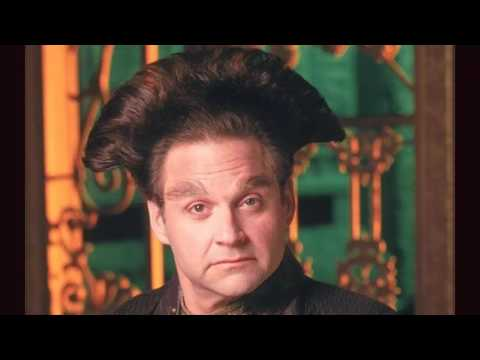 REMEMBERING STEPHEN FURST FOR HIS UNSUNG HERO IN BABYLON 5