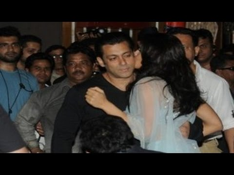 Salman Khan & Jacqueline Fernandez SPOTTED TOGETHER at 3 AM