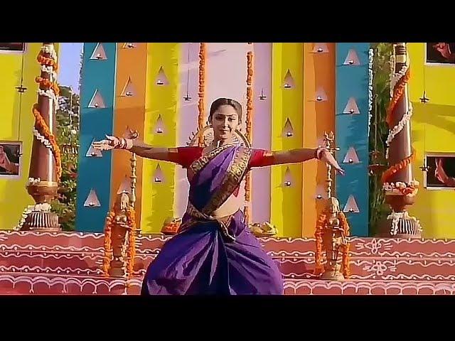 Sayesha Saigal Hot Navel in Saree