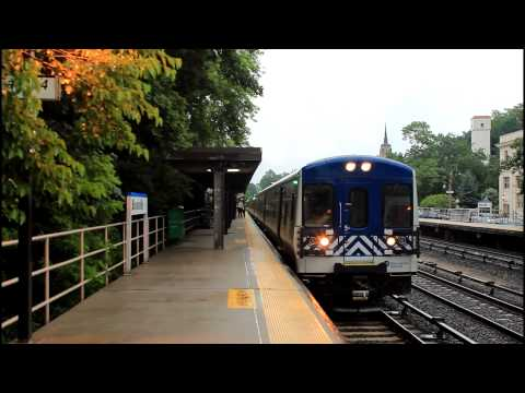 MNCR Harlem Line: Local and Express Trains at Bronxville RR [M7A EMU]