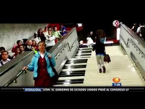 Instalan escaleras musicales en el Metro Polanco
