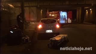 Carros colidem no elevado do Tedesco é uma pessoa fica ferida