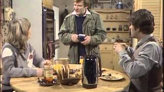 A Fine Romance 1981 S02E06 Cause for Celebration