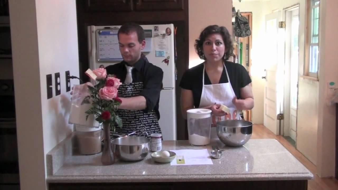June the Homemaker - Sally Lunn Buns Edition!