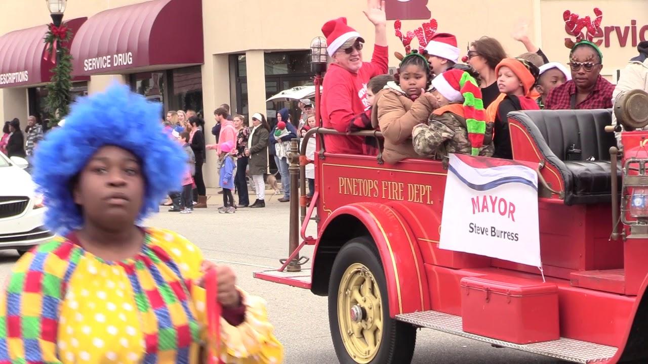 Pinetops NC Christmas Parade 2018 - YouTube