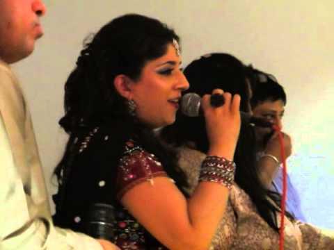 Tara Vina Veran - Nagrecha Hall, Navratri 2013 - Rajvi Rajani (The Rajani Sisters)