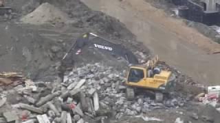 Экскаваторы HYUNDAI 220LC-95 & VOLVO EC240BLC