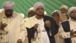 """Qosidah """"Man Ana"""" oleh Habib Munzir al-Musawa Mp3"""