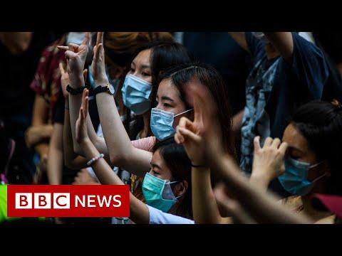 Hong Kong: UK makes citizenship offer to residents - BBC News