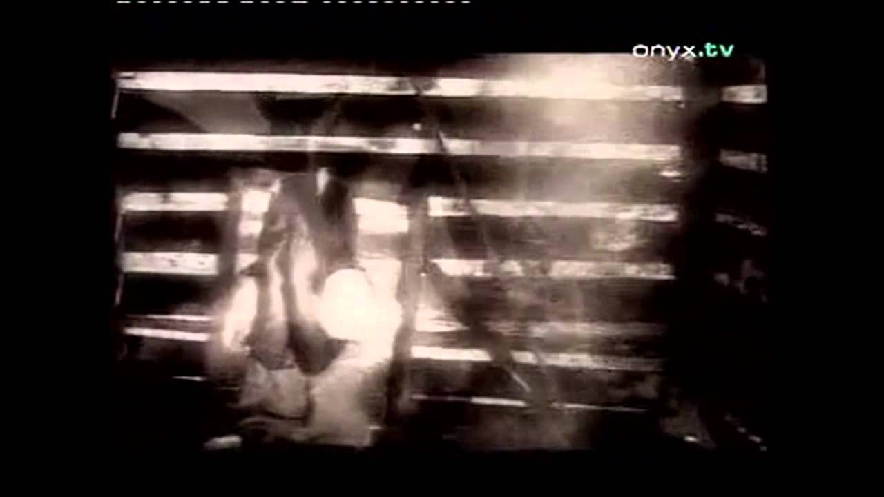 tina-arena-sorrento-moon-lyrics-on-screen-carlos-lorenz