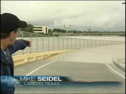 Mike Seidel  NBC Nightly News  Laredo, TX  Rio Grande Flooding   7-8-2010