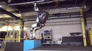 Новый робот BostonDynamics