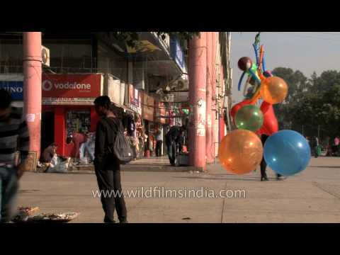 Sector 17, Chandigarh : offers superb shopping experience to its visitors