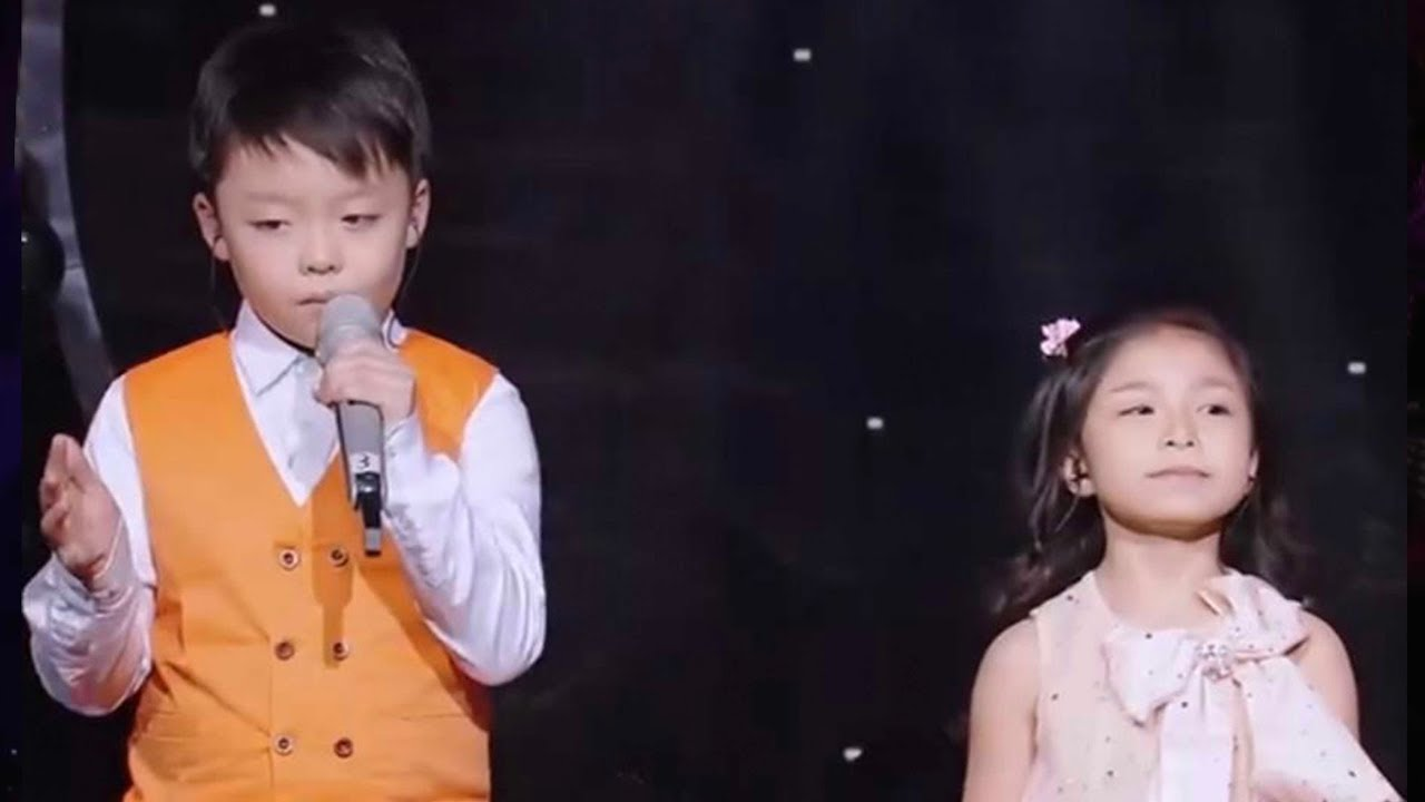 Kid duo shock audience with their rendition of 'You Raise Me Up'