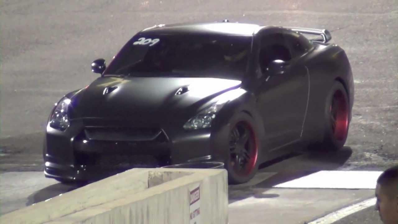 Flat Black Nissan Gtr Vs Subaru Wrx Sti Drag Race Youtube