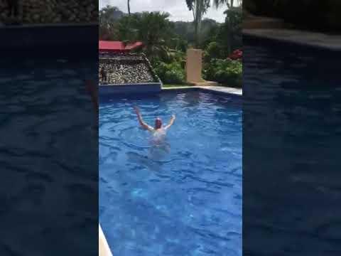 Hotel Villas Creole. Swimming