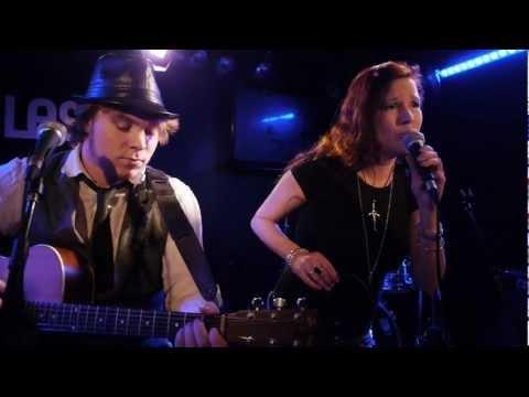 Singer/songwriters on stage @ Miles, Amersfoort - Holland