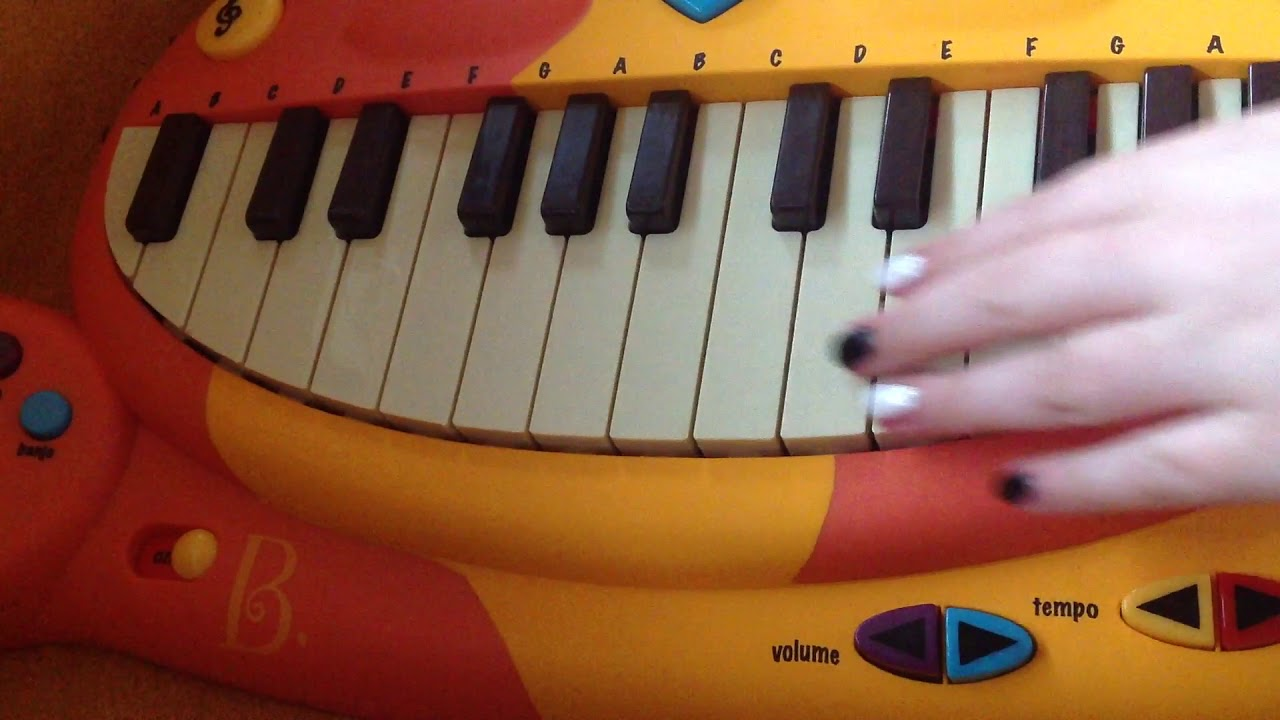 Playing the super Mario theme tune, play that song and DNA on my cat  piano/keyboard 🎹(no talking)
