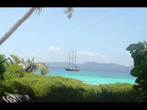 S Y  Sea Star, sailing the Seychelles