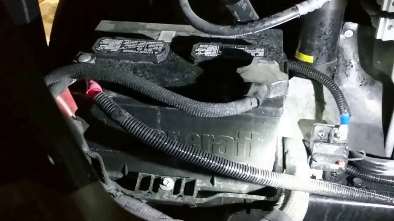 ford v10 motorhome engine walk through [ 1280 x 720 Pixel ]