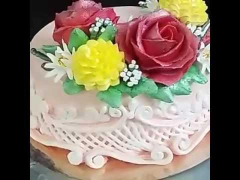 Оформление торта сливками в китайской технике