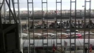 東北地方太平洋沖地震:仙台空港に津波が到達