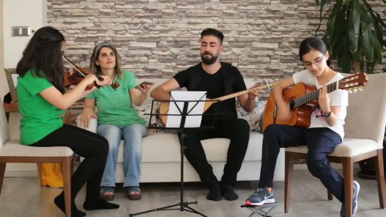 Selahattin Demirtaş - Korkma Bağır  (Official Audio © Kom Müzik)