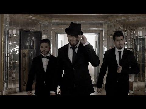 Sr Smith - Cuando estamos solos - A que no me dejas - video oficial