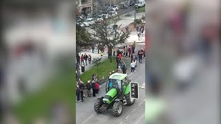 Más de 2.000 ganaderos se manifiestan en Santander