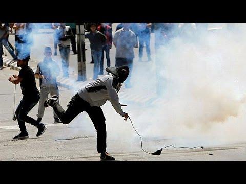 يوم غضب في الأراضي المحتلة تضامنا مع الأسرى المضربين  - 19:21-2017 / 4 / 29