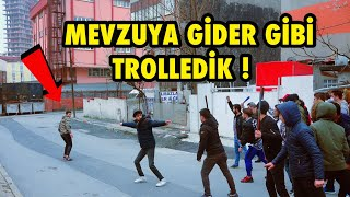 TOPLUCA İNSANLARIN ÜSTÜNE KOŞMA ŞAKASI İLE TROLLEDİK !