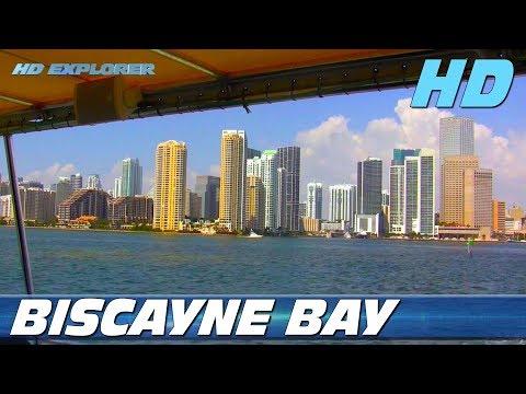 Sightseeing cruise on Biscayne Bay (Miami, Florida - USA)