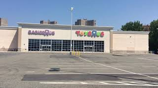 Abandoned Toys R Us Store New York City Bronx Bay Plaza NYC