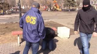 Сотрудники УФСБ задержали в Саратова торговцев оружием
