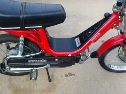 vespa piaggio moped - youtube