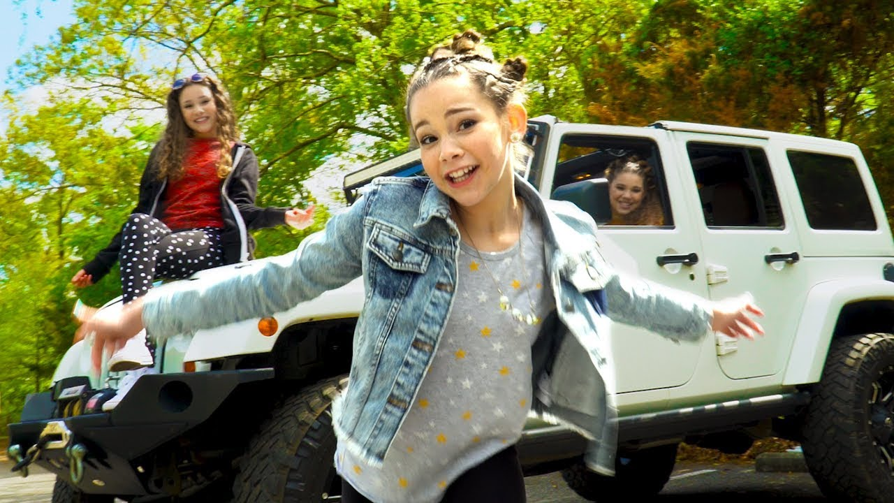 Download Haschak Sisters - Diary (Official Music Video)
