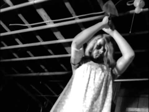 Cult Horror Movie Scene N°70 - Night of the Living Dead ...