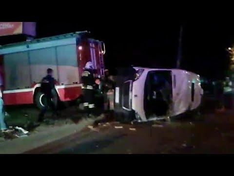 В Челябинске ночью произошло крупное ДТП.