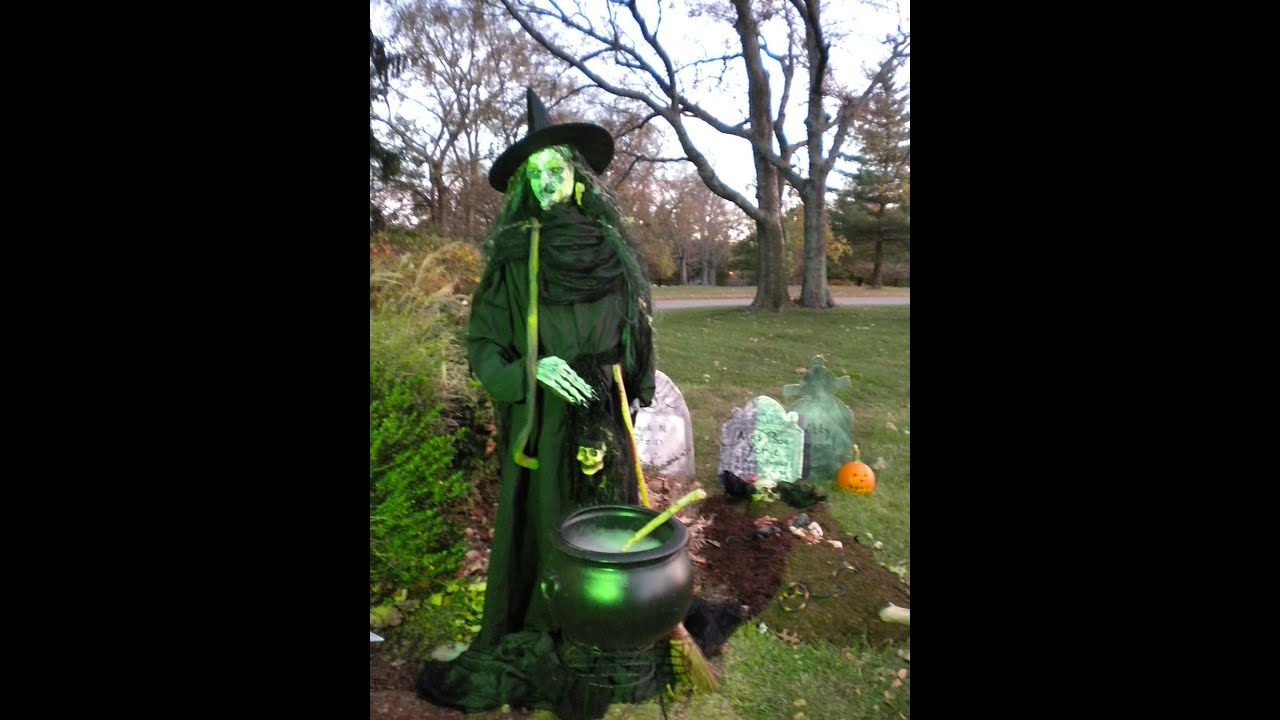 how to make a life size scary shakesperean witch for halloween youtube - Scary Homemade Halloween Yard Decorations