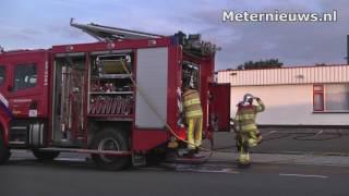 Kleine brand op dak bedrijf in Ommen