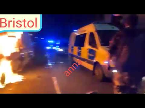 Download #UKBristol  Now:@Tifa in #Bristol set the police van on fire Fire as they attempt to blow it up.