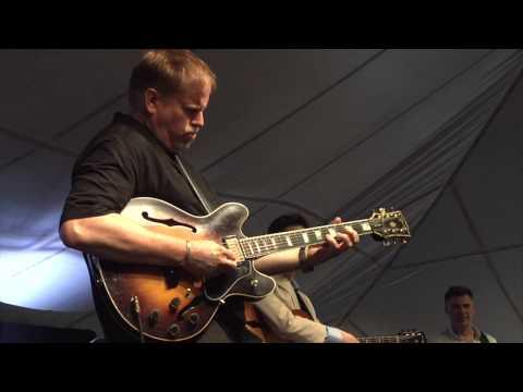 Guitar Summit, featuring Randy Napoleon,  Dave Stryker, Peter Bernstein - The Trick Bag