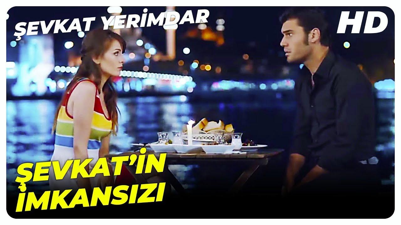 Pelin ve Şevkat'in Romantik Akşam Yemeği | Şevkat Yerimdar Türk Komedi Filmi