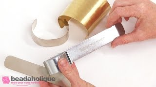 How to Make a Cuff Bracelet with the Beadsmith EZ-Bender Tool