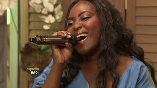 Dindy performs 'Naughty Dance'