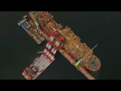 Oil Mining/ Refining/ Extractor/Largest ship/With Largest Oil Storage Tank/ Prelude